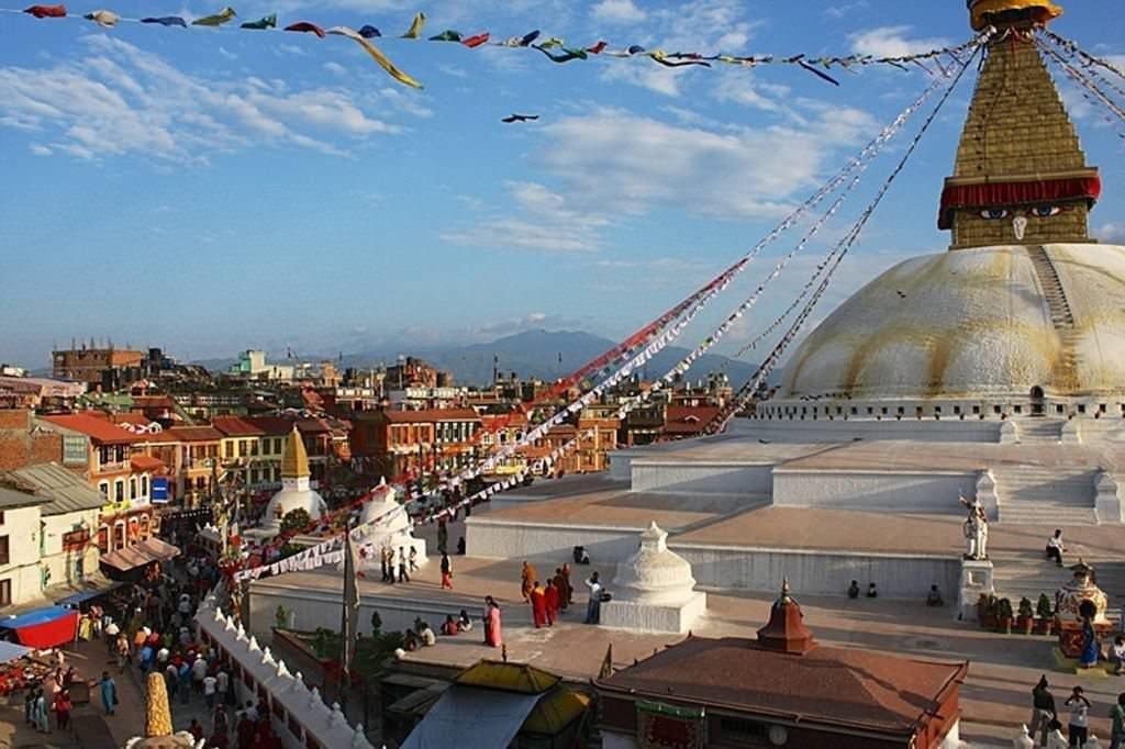 из Катманду